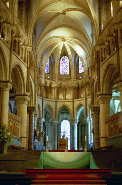 canterbury_cathedral_10.jpg