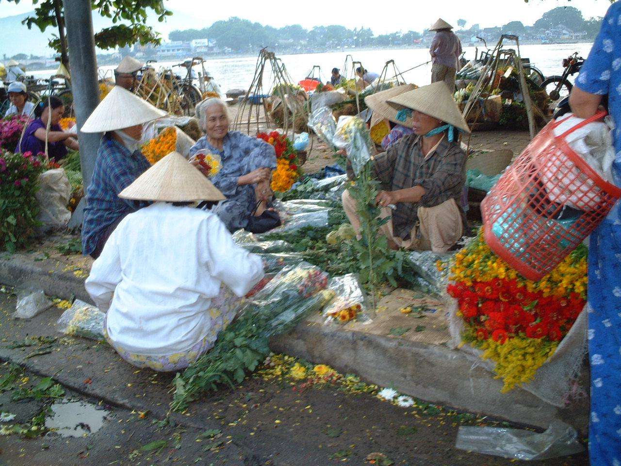 Da Nang Flower Market