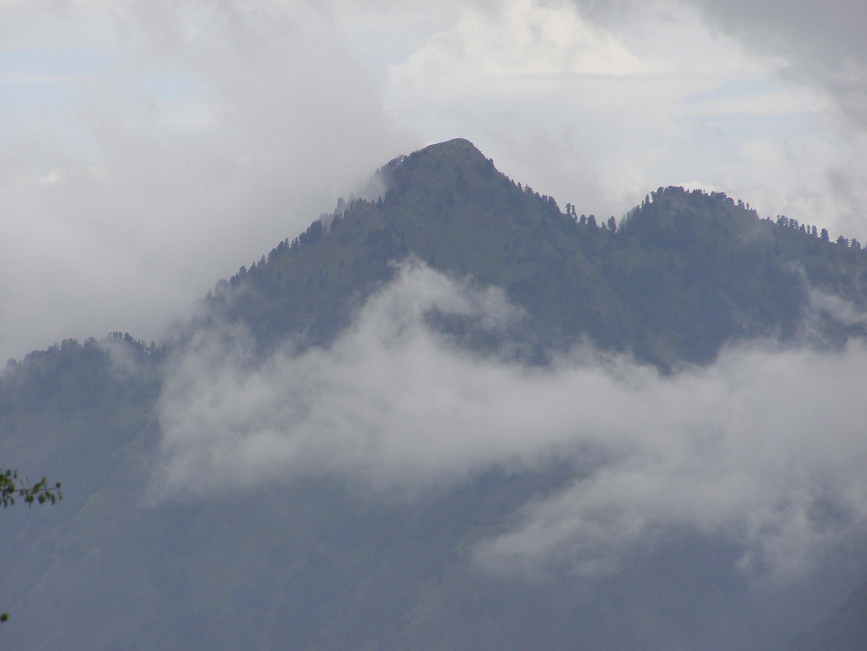 The highest peak of the area… Shaali Tibba