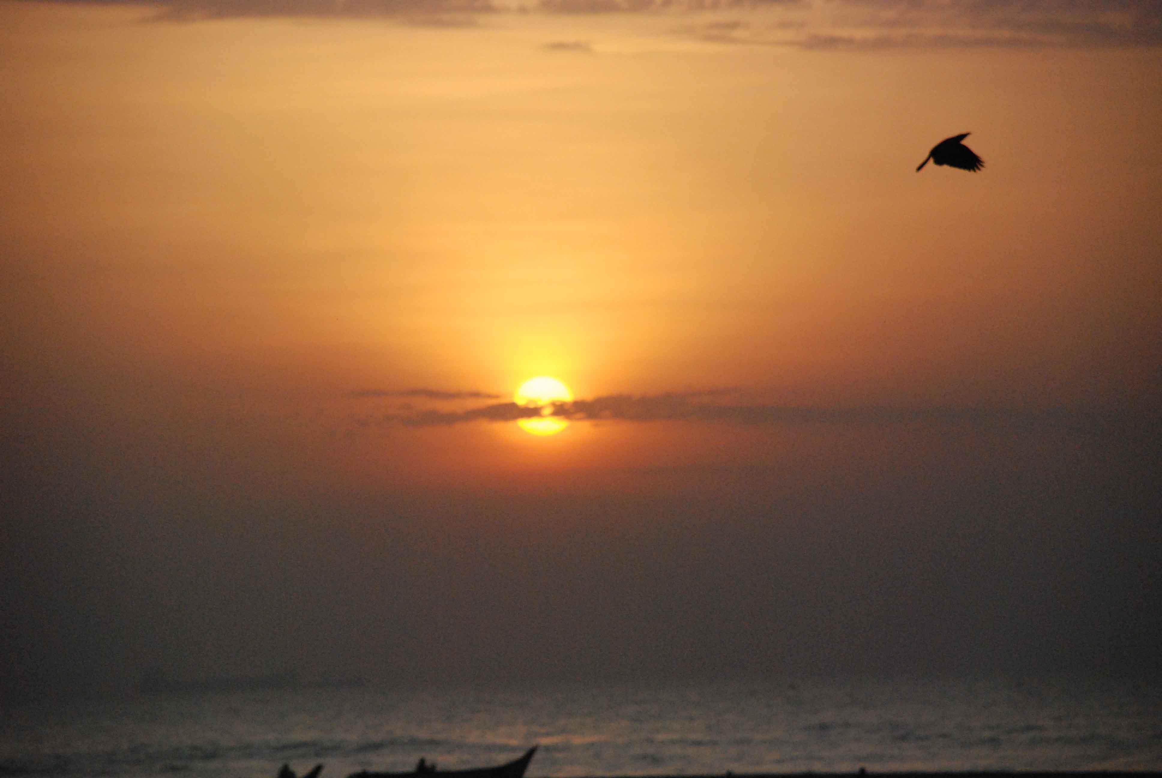 sunrise-at-the-marina