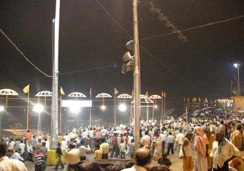 Banaras Ghat - Evening congregation