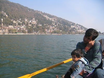 Talking while boating - full Airtel Signals