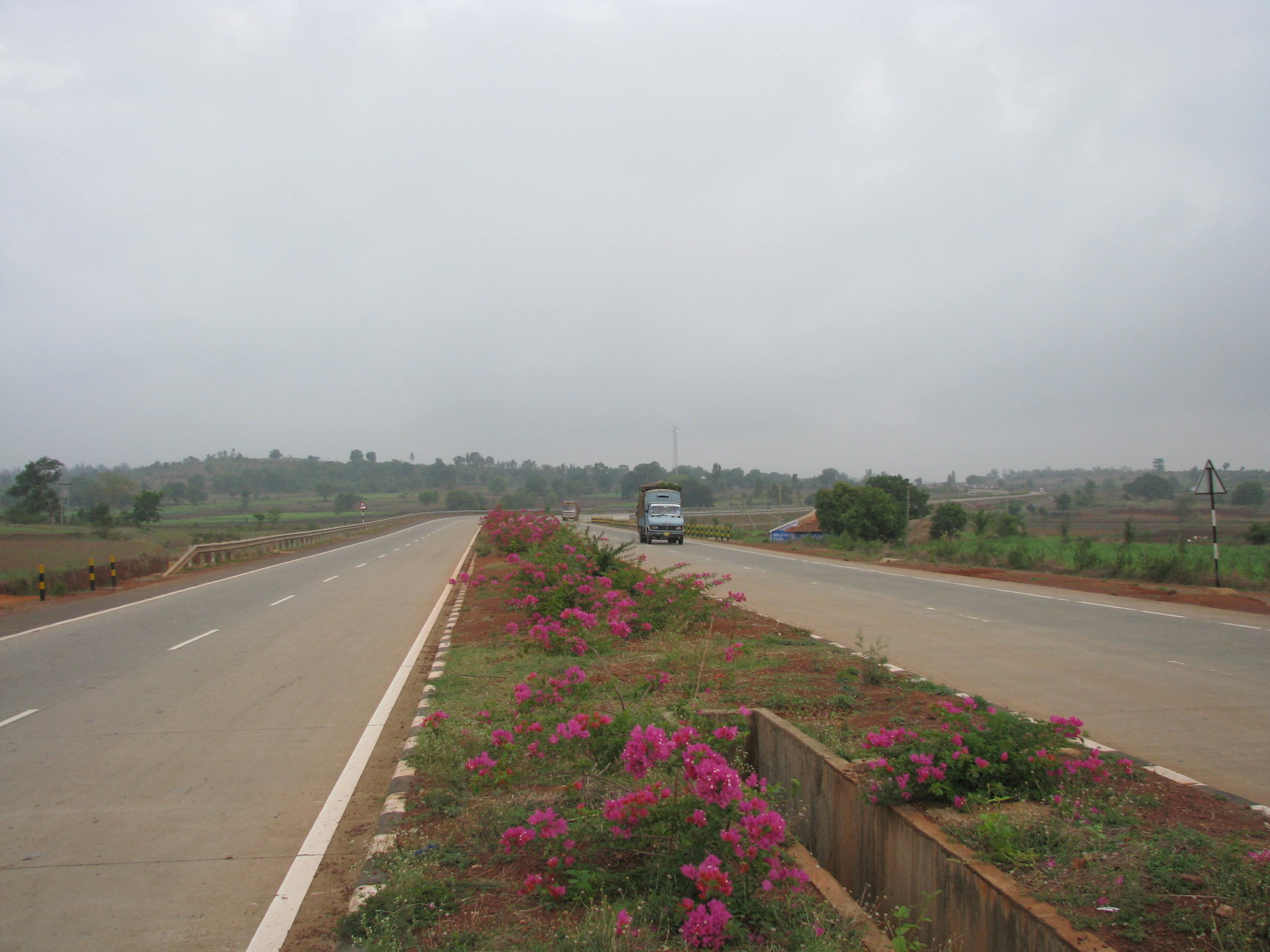 nh4-part-of-golden-quadrilateral-may-2009-106