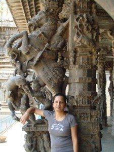 vathsalya-lakshmi-hebbare-at-jalakanteshwara-temple-1