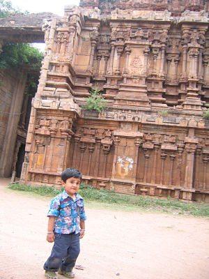 having fun in AzhagarKovil temple