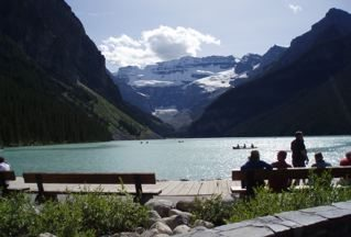 lake-louise-a-view-from-chateau-hotel