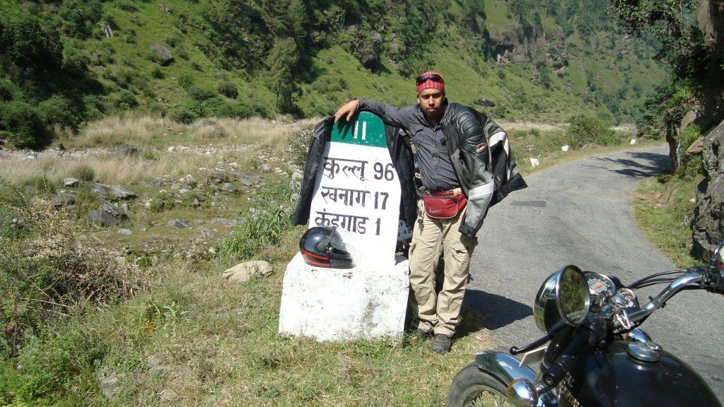 In the Sutlej valley on the way to Khanag