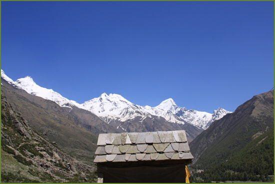 chitkul-hut