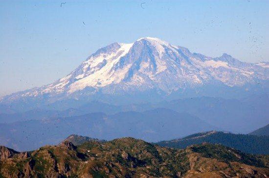 Mount Rainier seen from Helens