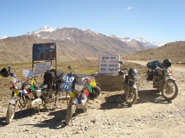Kunzum Pass-the highest point between Kaza and Manali