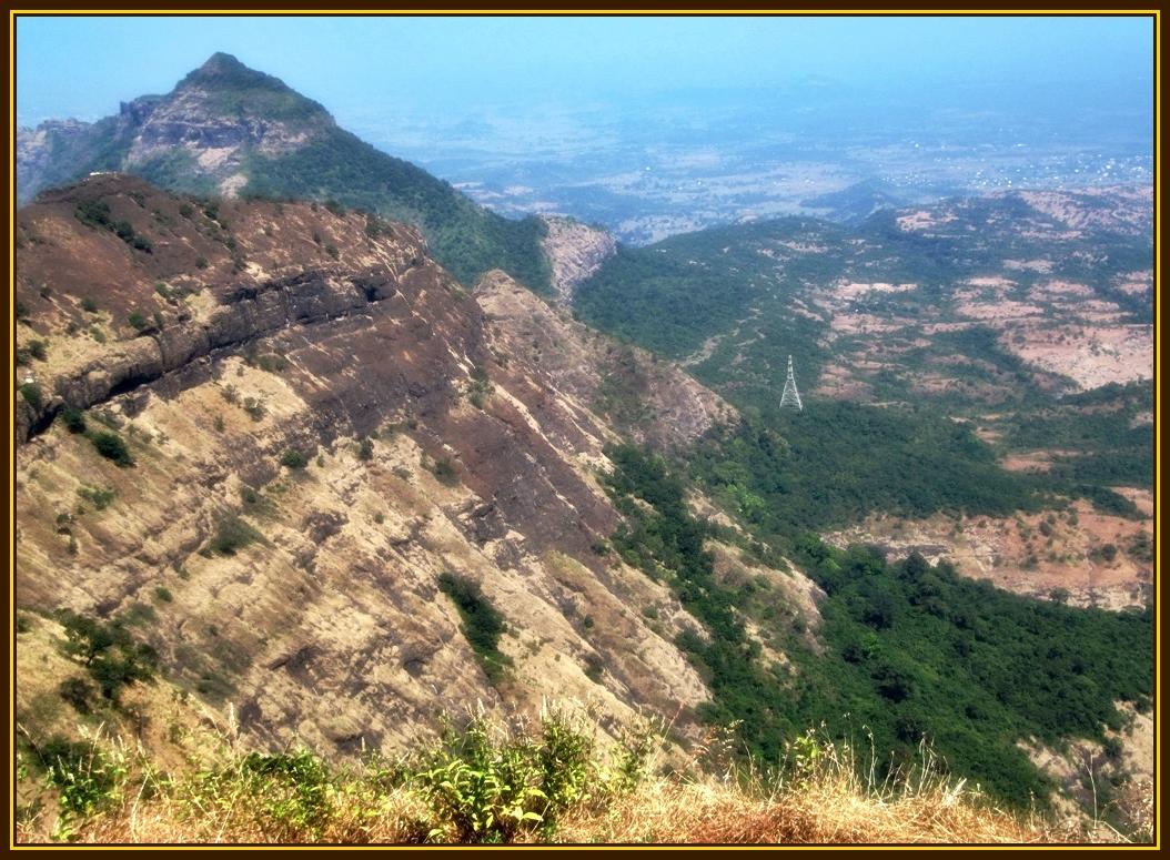 Peb Fort and view towards Kalyan