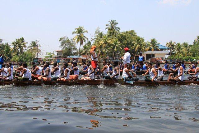 Snake Boat Race I