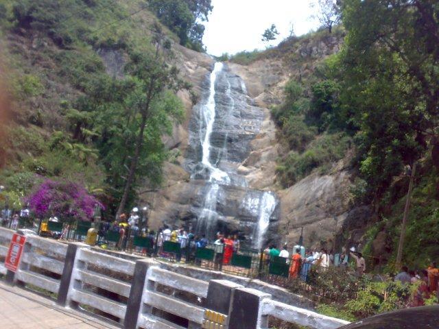 Silver Cascade Falls, on way to Kodai