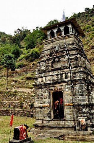Chopta-Sari-Deoria Tal: Himalayan Adventures