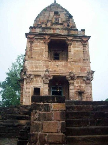 This temple is worth watching . It might be atleast a 1000 year old .