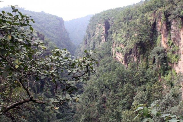 Handi Khoh with the views of the most magnificent ravines of Satpuras