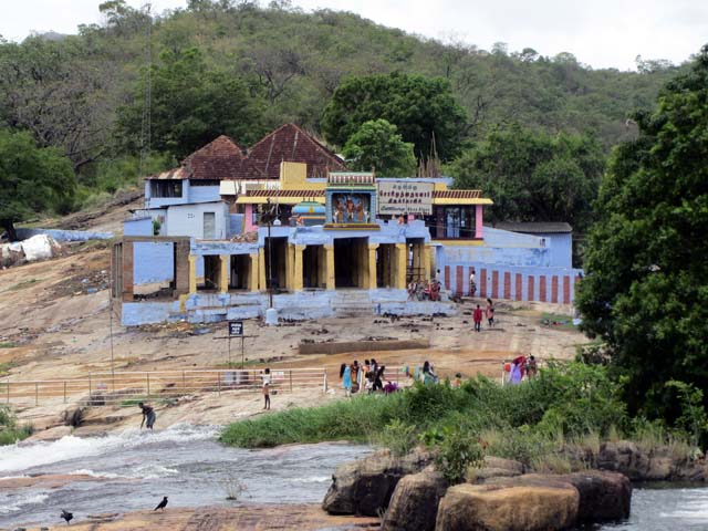 Sorimuthu ayyanar temple