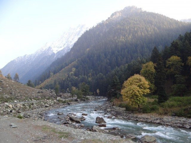 The drive to Sonamarg