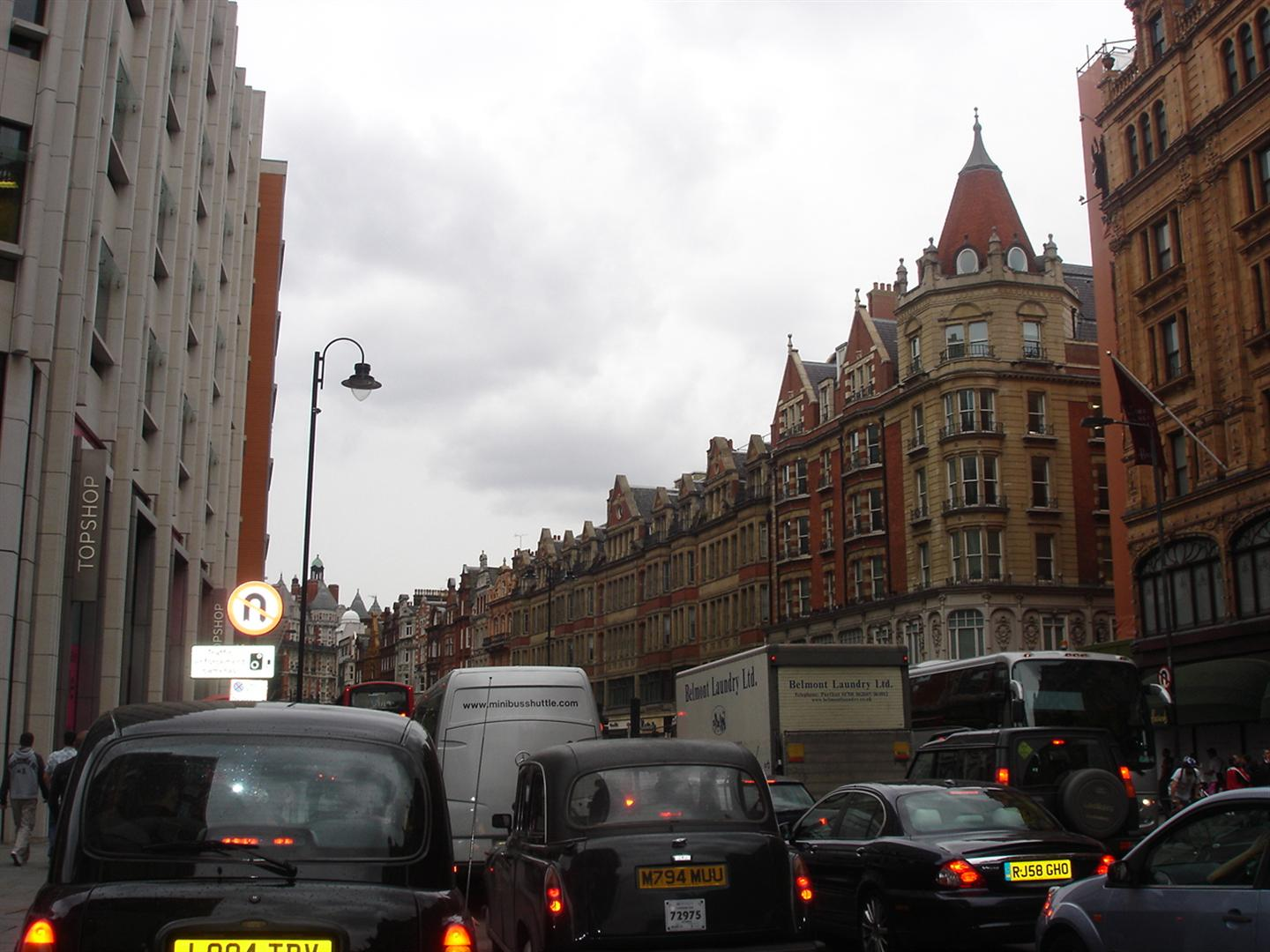 Day 6 Pic 3 - 5 Minute walk to Harrods-3
