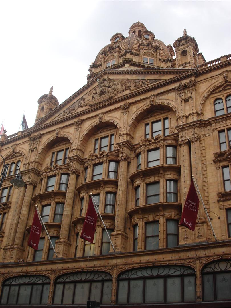 Day 6 Pic 4 - Harrods Building