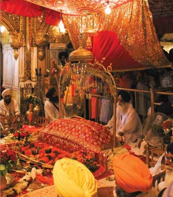 descriptive golden temple