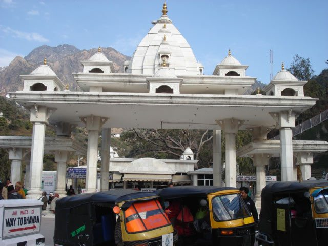 helicopter booking vaishno devi with Vaishno Devi 2 on Jammu Katra furthermore Kedarnath Helicopter Services Makes An Easier Chardham Yatra likewise matavaishnodevihelicopter co moreover 414049759472858177 in addition Vaishno Devi 2.