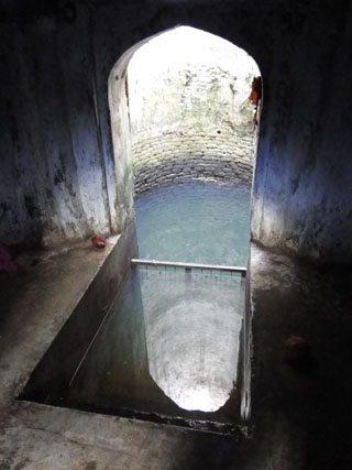 सीता मैया के लिये हनुमान जी द्वारा खोदा गया कुआं