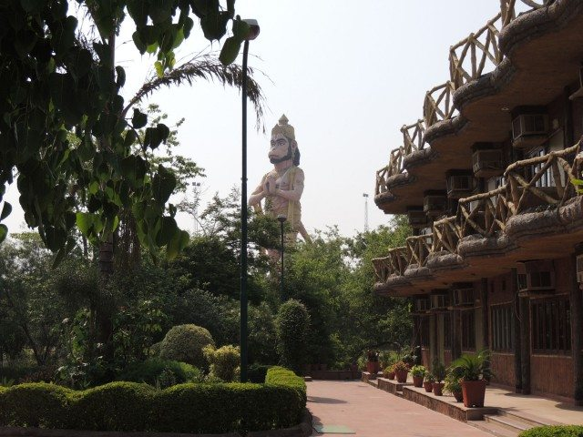 Sitamarhi , Sita Samahit Sthal : Hotel in Sita Smahit Sthal and 108 feet Hanuman Statue
