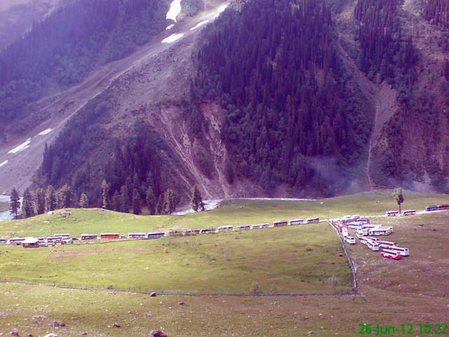 Bus parking before Baltal