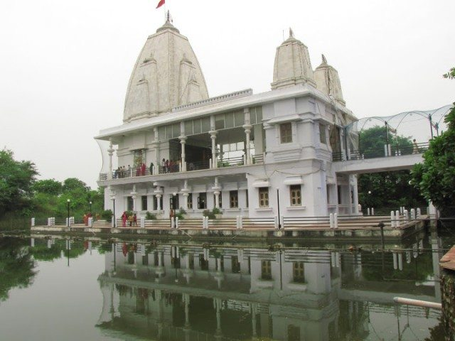 Sitamarhi , Sita Samahit Sthal : Main temple constructed at the actual place of Sita Maa taking enveloped with Bhagwati Earth