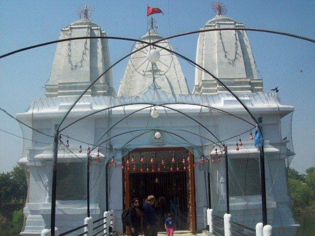 Sitamarhi , Sita Samahit Sthal : Temple Entrance via first floor.