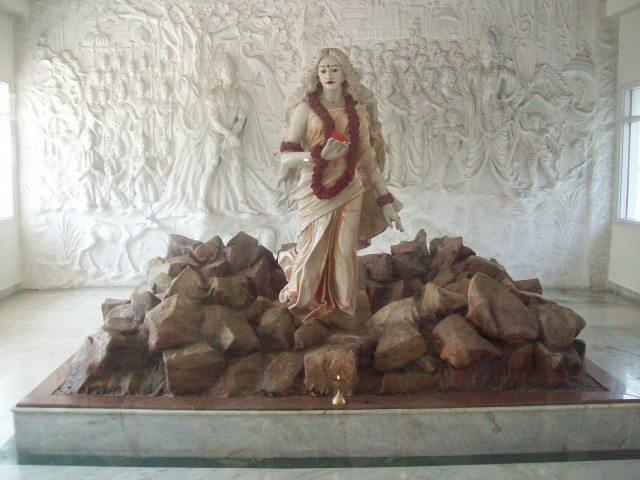 Sitamarhi , Sita Samahit Sthal : Beautiful Sita Maa Idol