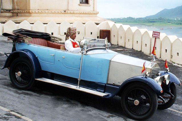 कारों के सभी चित्र Eternal Mewar से साभार ...