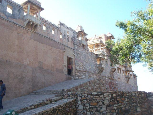 Preparing for Kumbha Mahal