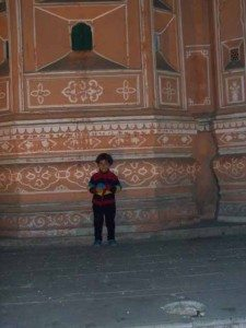 My little kid in front of hawamahal