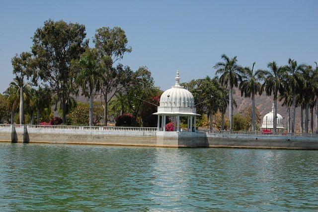 Nehru Park, Fateh Sagar Lake, Udaipur