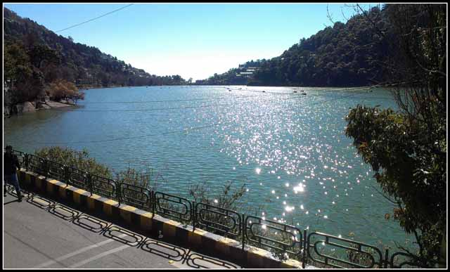 Diamond Glittered water in Nainital Lake