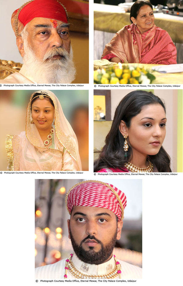 क्रमशः श्री अरविन्द मेवाड़, श्रीमती विजयराज कुमारी मेवाड़, श्रीमती भार्गवी कुमारी मेवाड़, श्रीमती पद्मजा कुमारी मेवाड़, श्री लक्ष्यराज मेवाड़ ! साभार - Eternal Mewar.