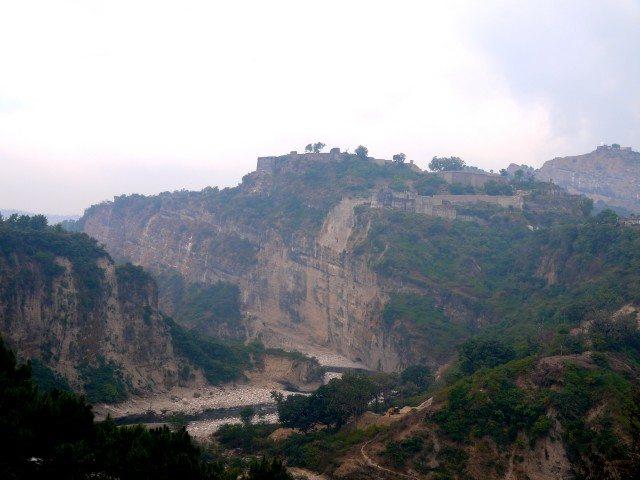 Baan Ganga encircling the Kangra Fort