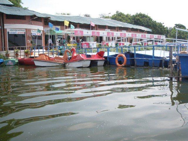 Muttukadu Boat House (www.namathuchennai.blogspot.com)