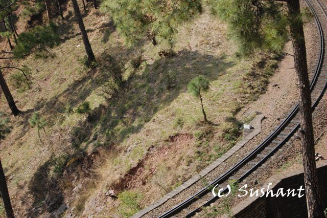 Sharp curve on Kalka Shimla rail route