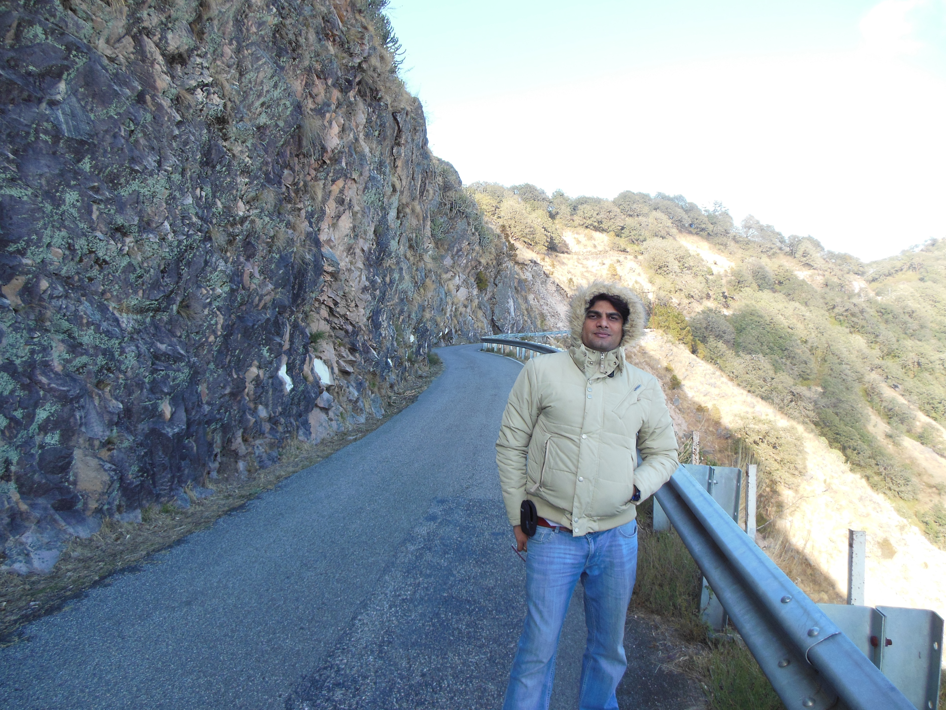 Happy Ghumakkari....Travelling is good.
