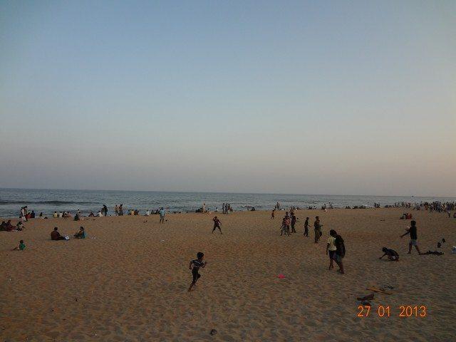 Elliot Beach (www.tamilnow.com)