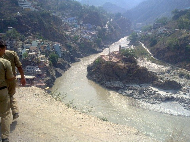 On the road - A view of Devprayag