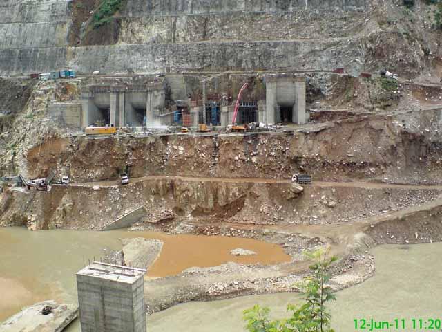 अलक्नन्दा नदी पर जल विधुत परियोजना