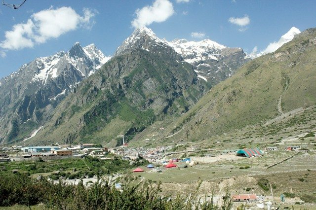 A view of the Badrinath valley