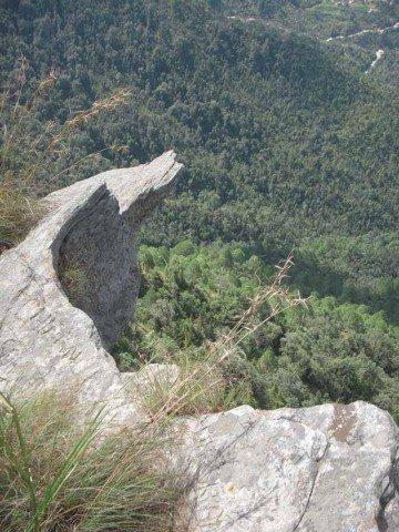 Cliffs at Mukteshwar