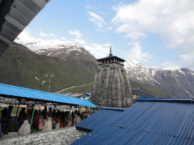 Queue for Kedarnath Ji Temple