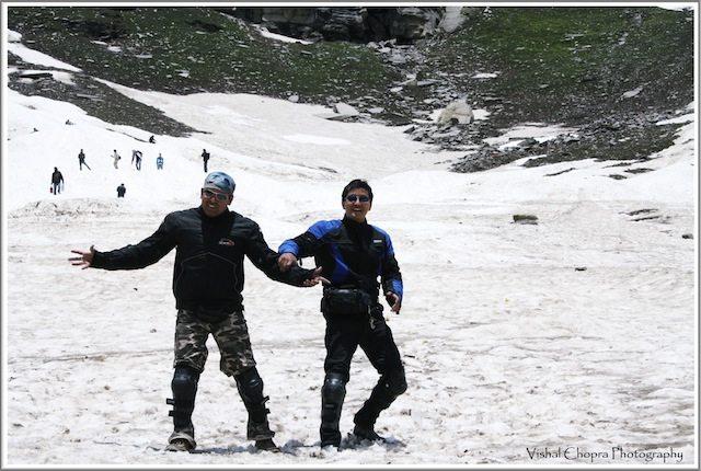 Surya & Rambo enjoying at Rohtang