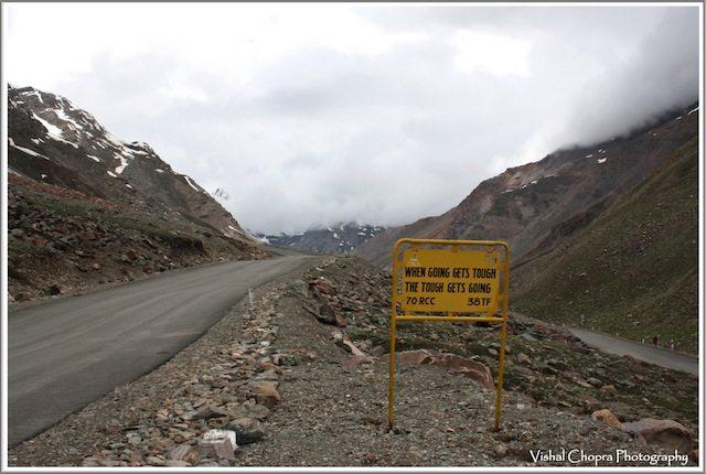 """On the way to Bara-la-chala near """"Zing-Zing bar"""""""